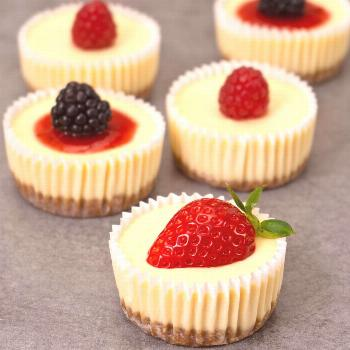 Easy Mini Cheesecakes Inspired by Cheesecake Factory, these mini cheesecakes have super creamy text